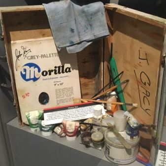 A paint kit that belonged to John Wayne Gacy.